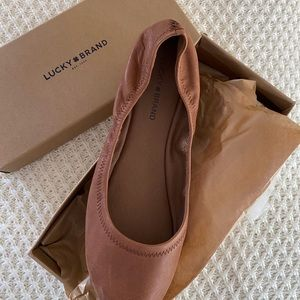 NWT Lucky Brand Size 12 Emmie Leather Flats